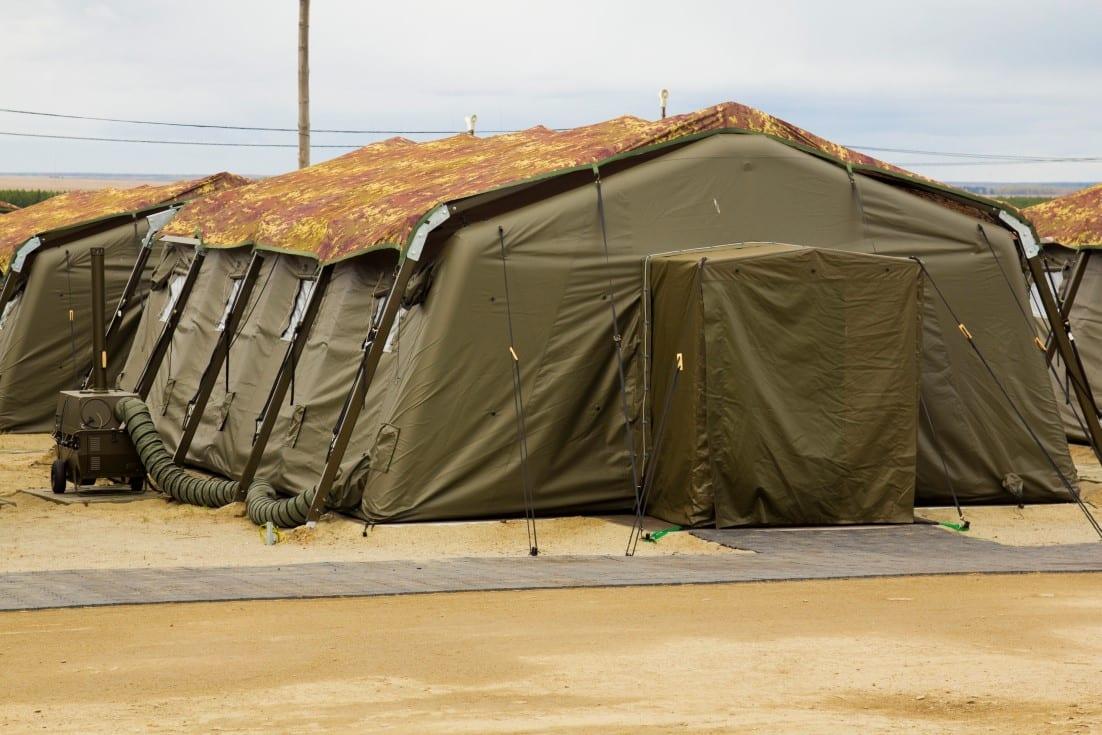 Średnie namioty wojskowe