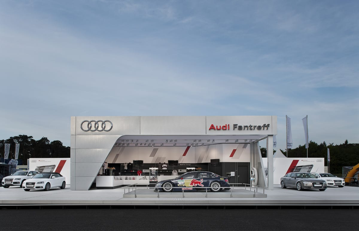 Namiot promocyjny koncernu Audi