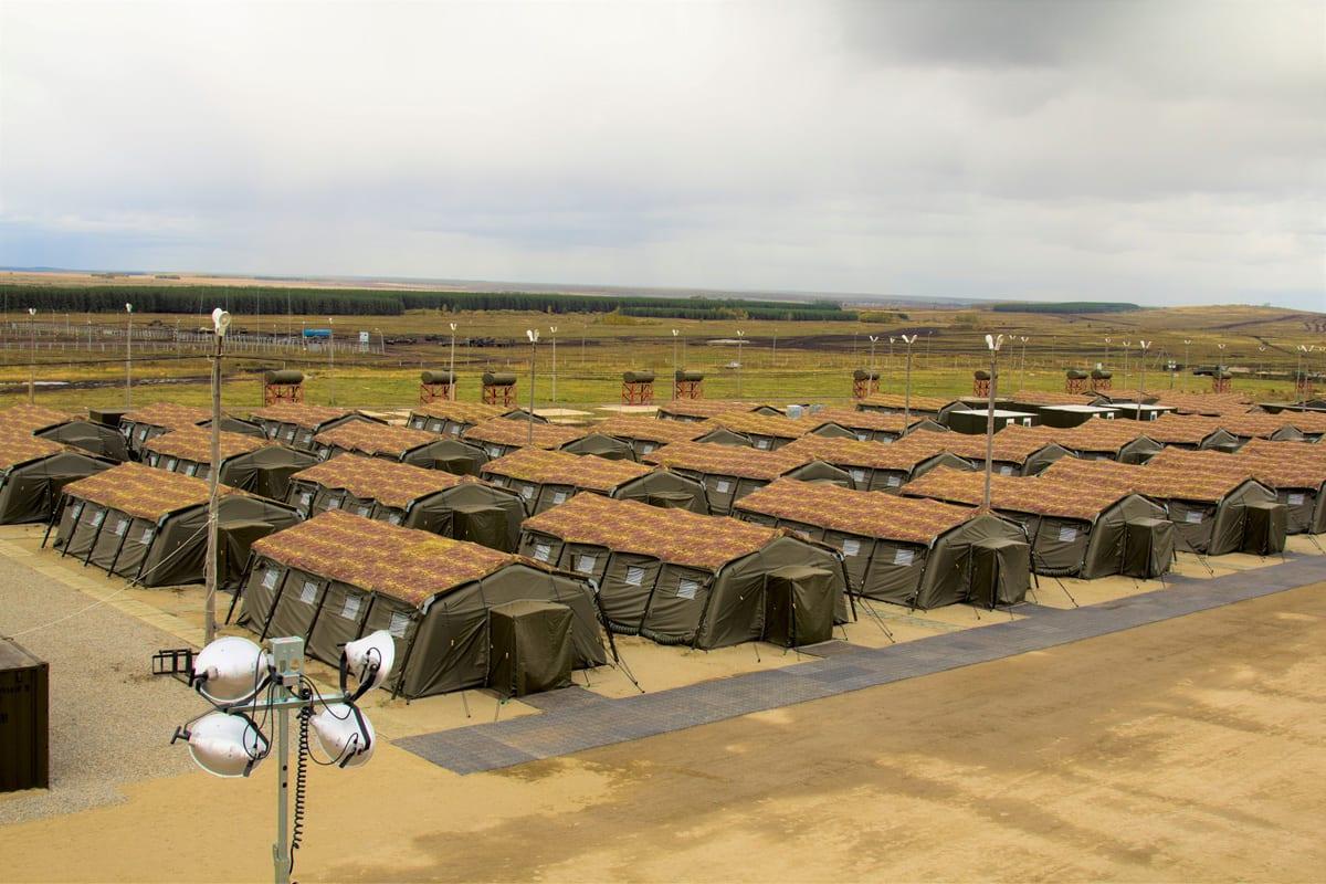 System namiotów jako baza wojskowa