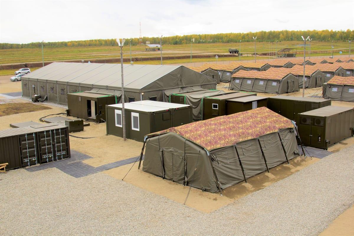 Namioty jako obóz wojskowy